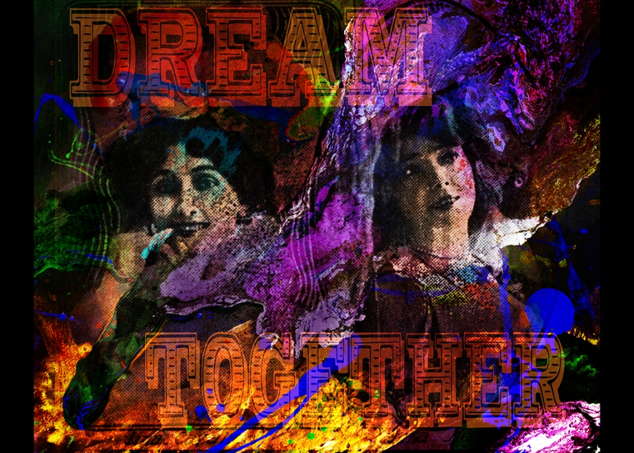 38 Lina_Cavalieri_and_Anna_Held,_1904-dream together